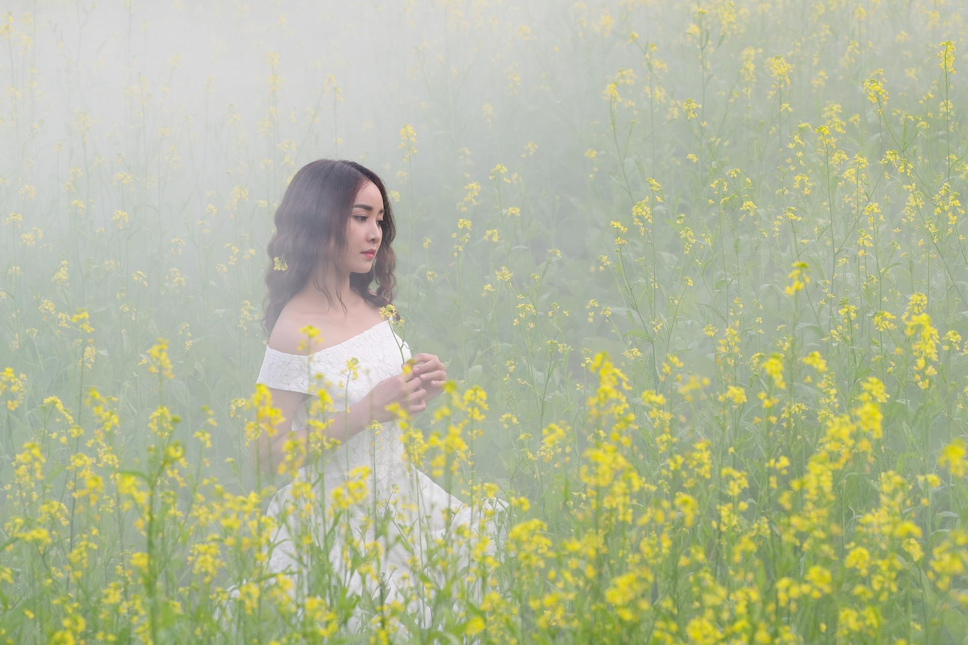Ja, ich bin Frau! Frühling – Körper – Natur